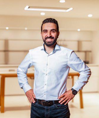 Portrait von Mitarbeiter Ibrahim Sezer