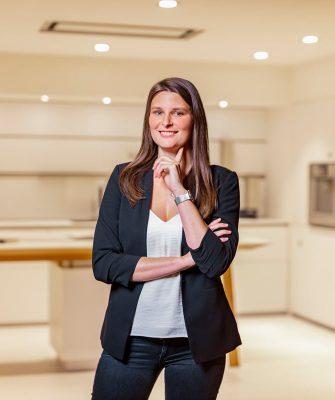 Portrait von Mitarbeiterin Melissa Zickwolf