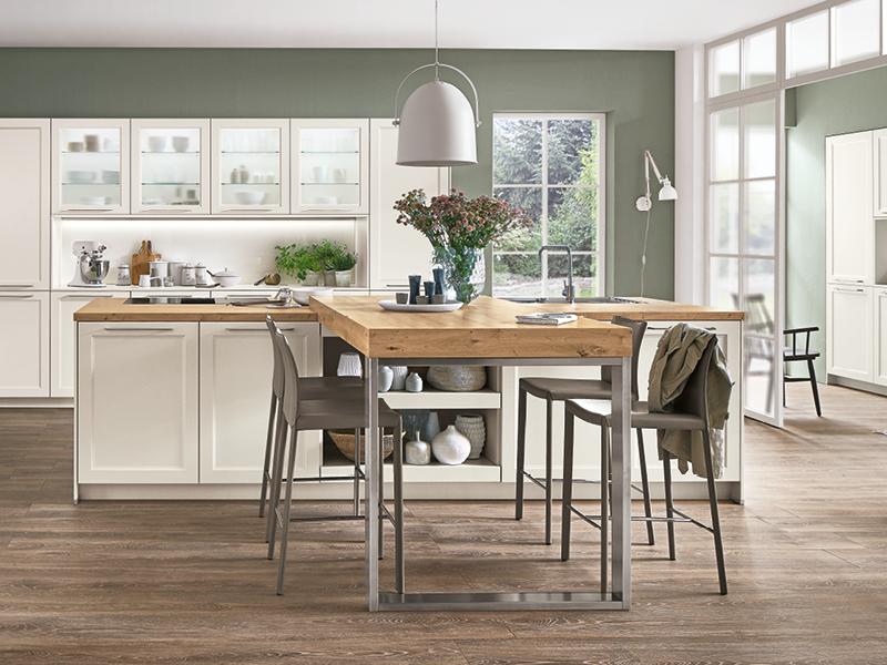 Nobilia-Küche Wandfarbe salbei