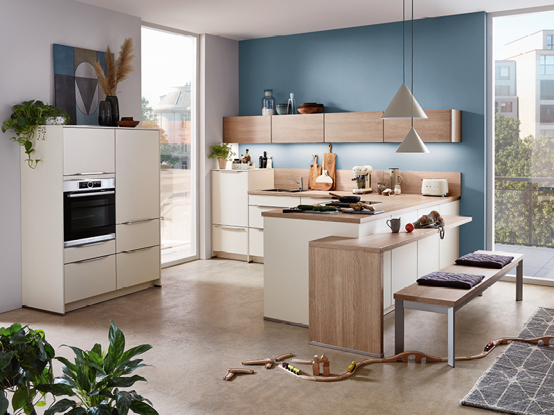 Nobillia-Küche Wandfarbe taubenblau